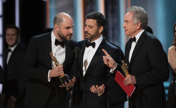 Como uma formatação no Word poderia ter salvo o Oscar (e o MissUniverso)